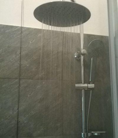 colonna-doccia-moderna